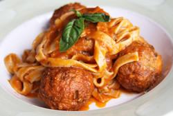 Fettucine w/ beef & pork