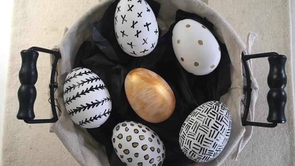 Mono Chromatic Eggs