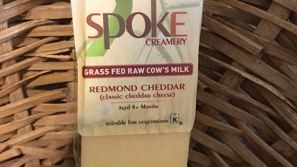 Raw milk Chedder