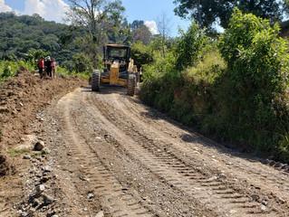 Fondo Cafetero Nacional brinda atención a la red vial cafetalera en Teupasenti , departamento de El