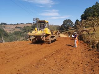 Fondo Cafetero Nacional brinda atención a vías de acceso de Santa Elena, La Paz