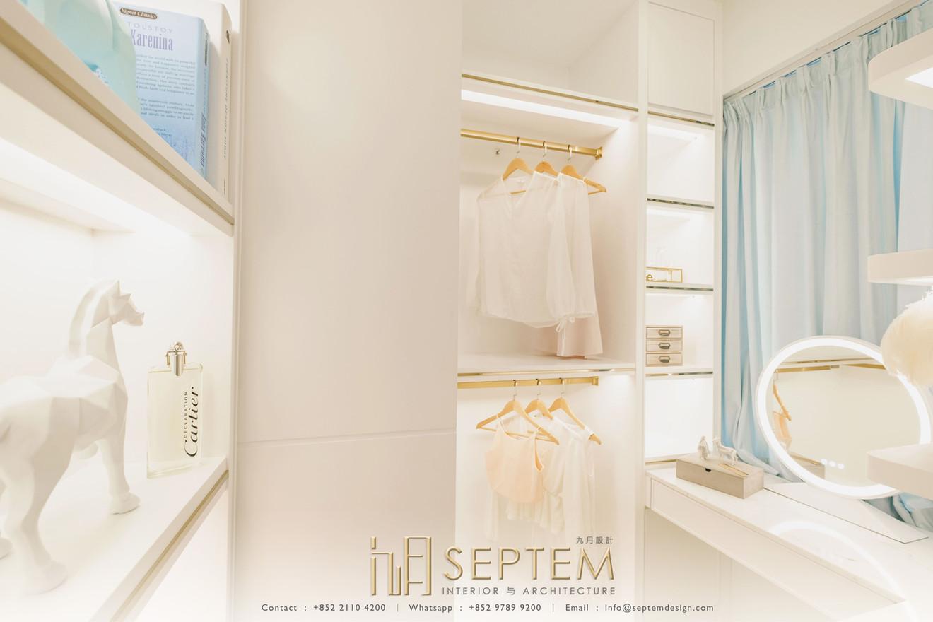 Walk in closet I 衣帽間.jpg