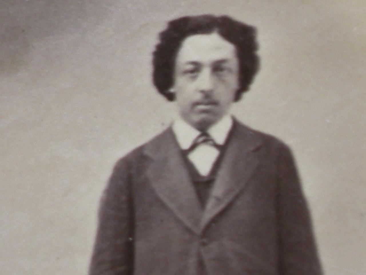 Octave Fariola