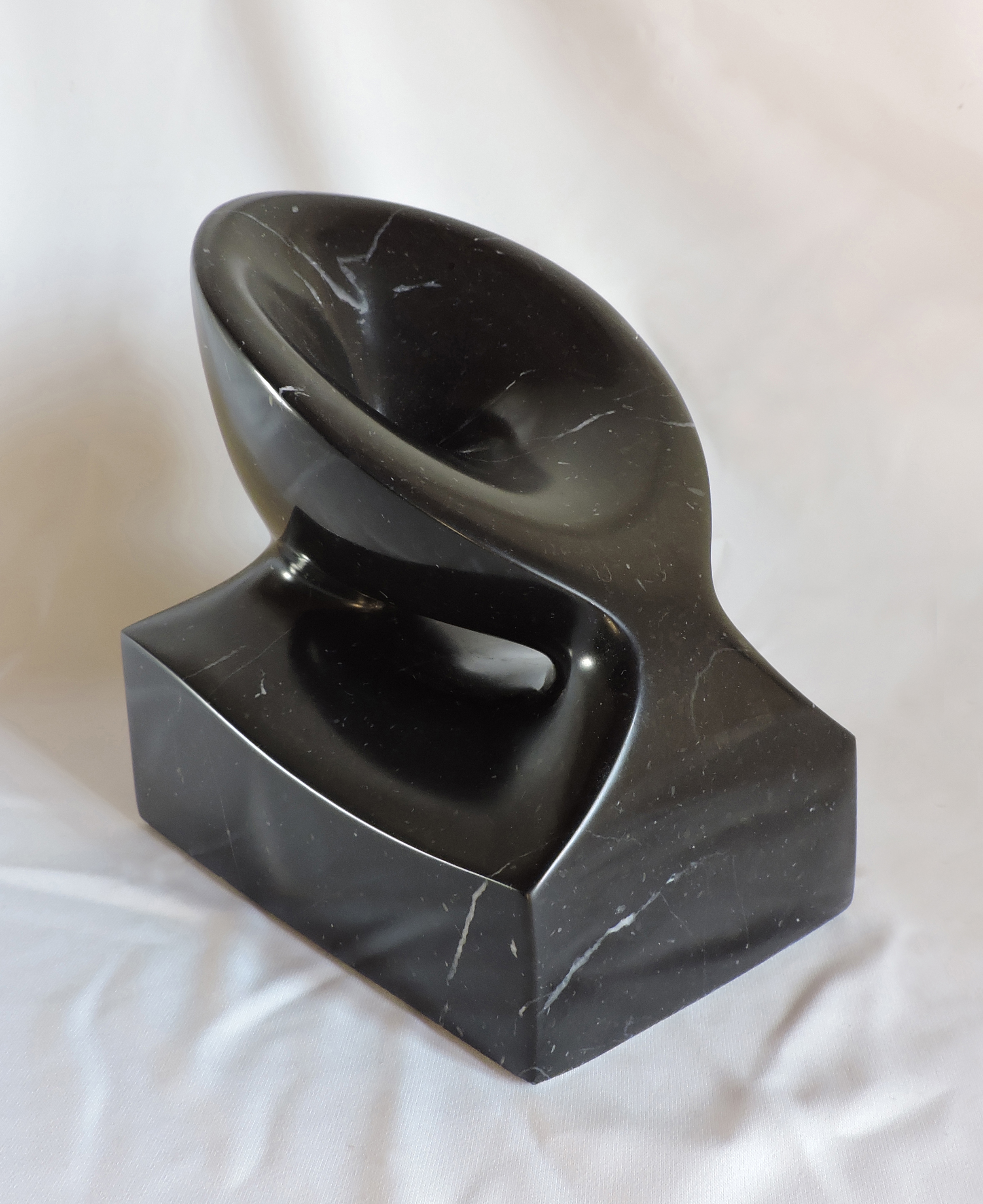 Continuity - h 19 cm  marquina marble  2014