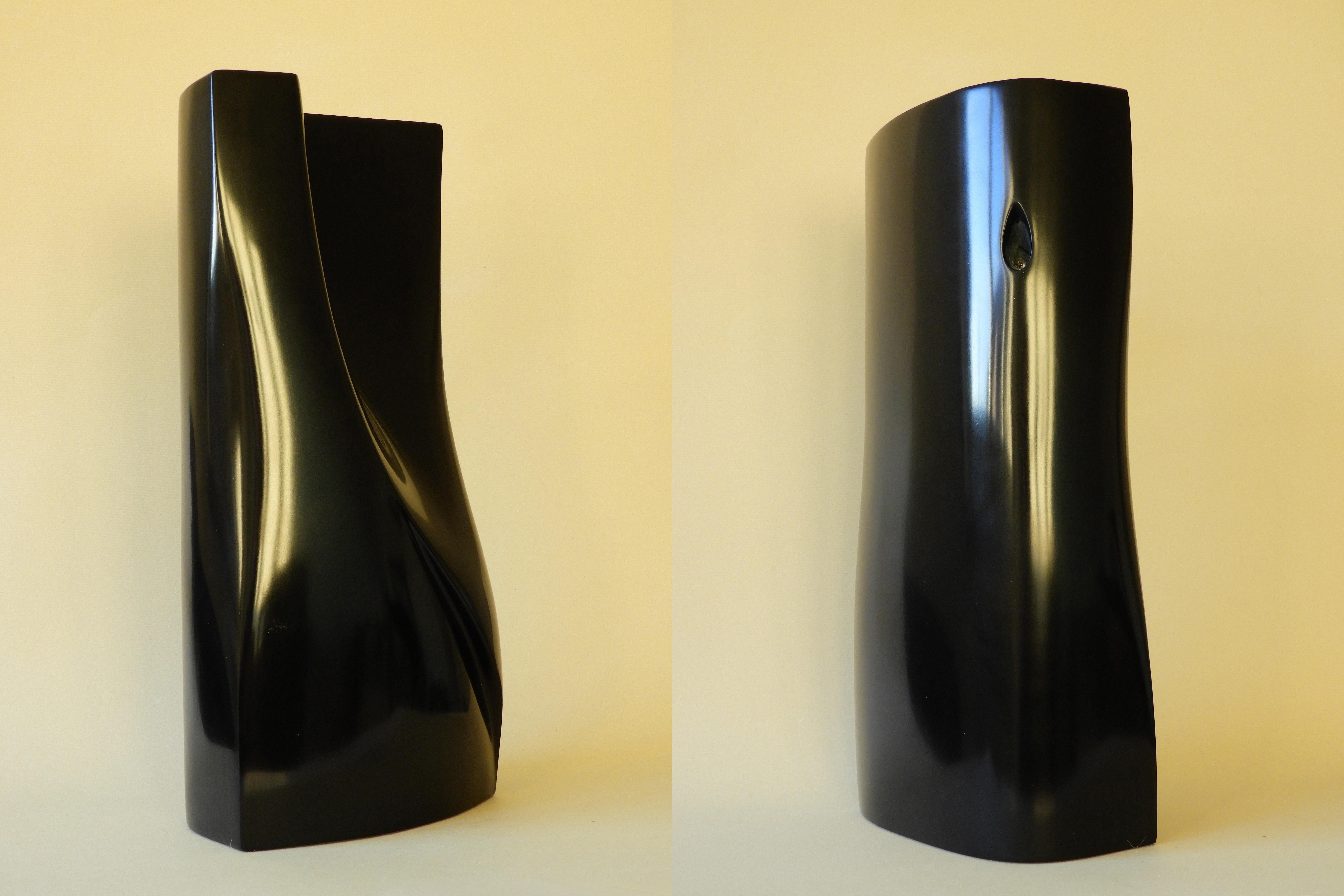 Duality - 31,5 x 14 x 8,5 cm black belgian marble 2010