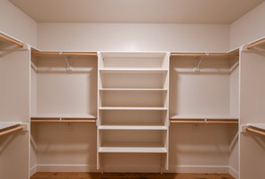 Brighton Master Closet