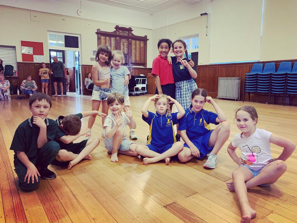 hip hop dance class mont albert studio gymnastics gym tumbling hip hop urban