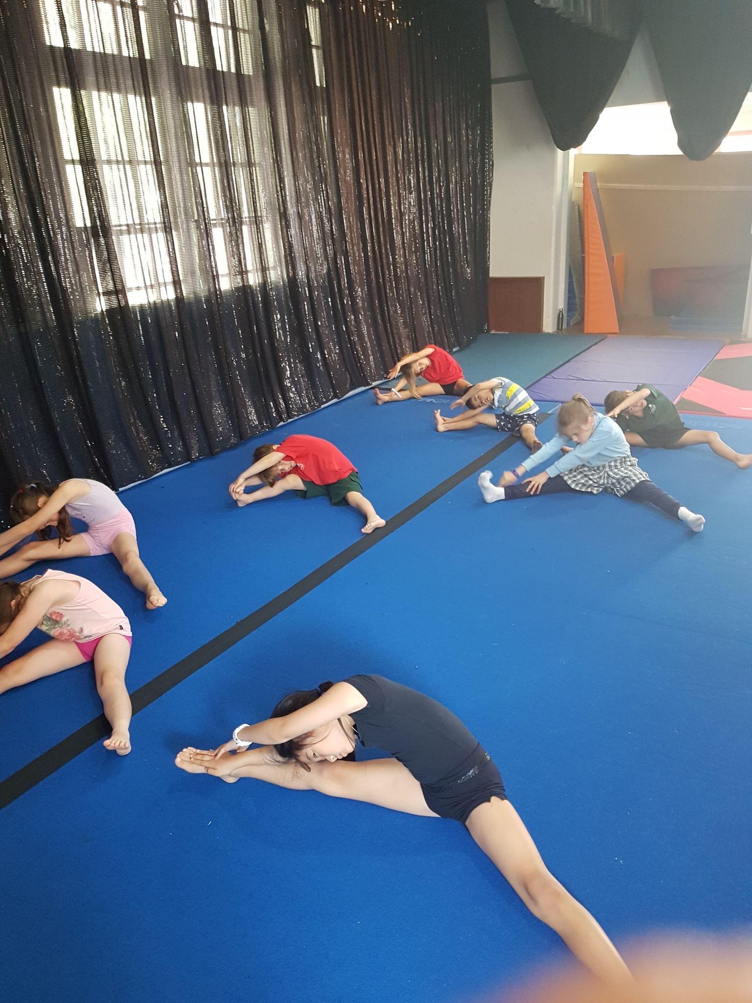 acrobatics classes balwyn mont albert brighton elsternwick backflip dancing