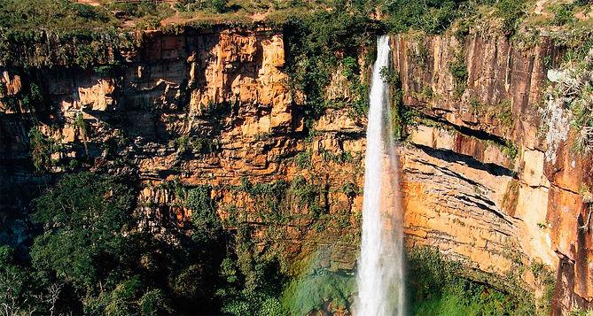 Cachoeira_veu_das_noivas_chapada_dos_gui