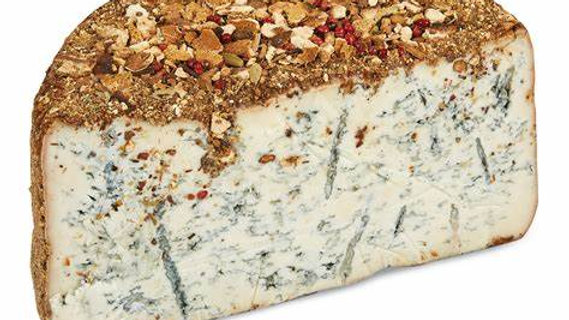 Blue Goat cheese with Oranges and Christmas Spices