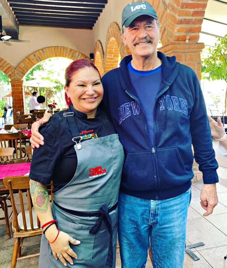 Vicente Fox PRESIDENT MEXICO Chef Rosie COOKING GASTRONOMY LEON GUNAJUATO MEXICO