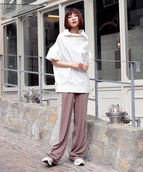 Cotton typewriter volume sleeve blouse