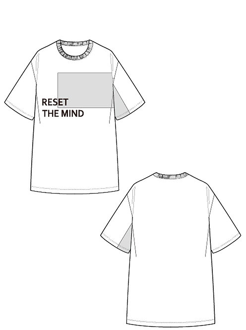 Shiny switching print T-shirt RESET THE MIND