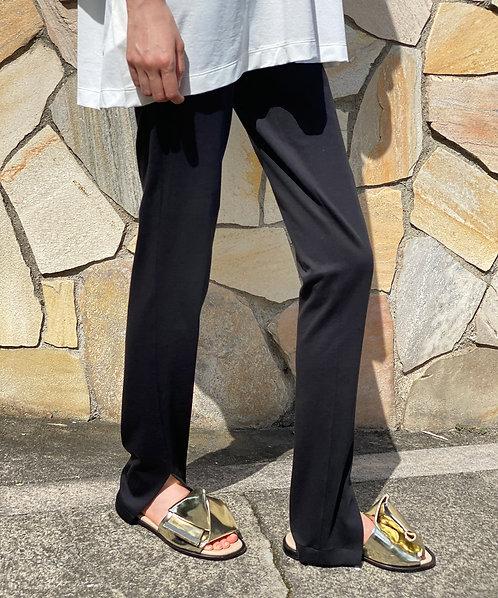 Side slit skinny pants