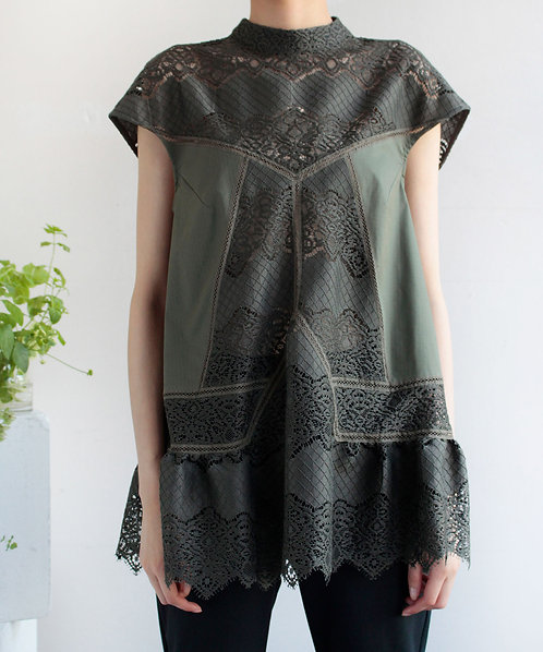 Classical  Lace switch blouse