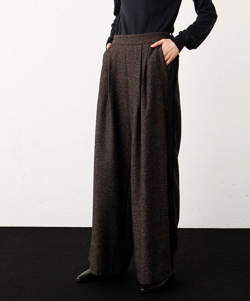 Tweed jacket with fringe pants