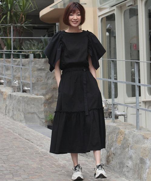 Volume frill sleeve dress