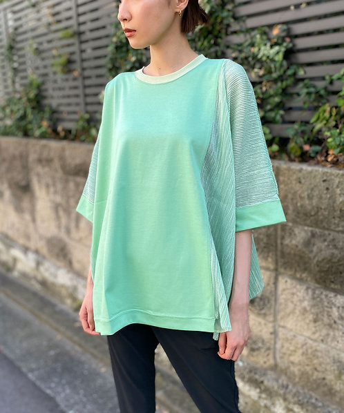Import Striped Crepe switching pullover