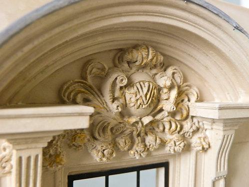 The Queen's Doorway