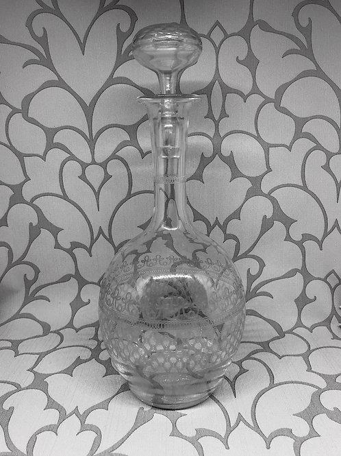 Carafe à vin en cristal gravé