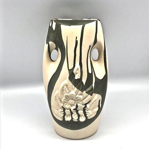Vase V122