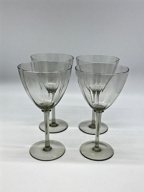 Verres à vin ou eau en verre fumé, années 70