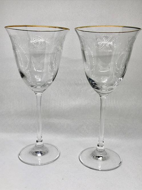 Verres à vin vintage en cristal gravé