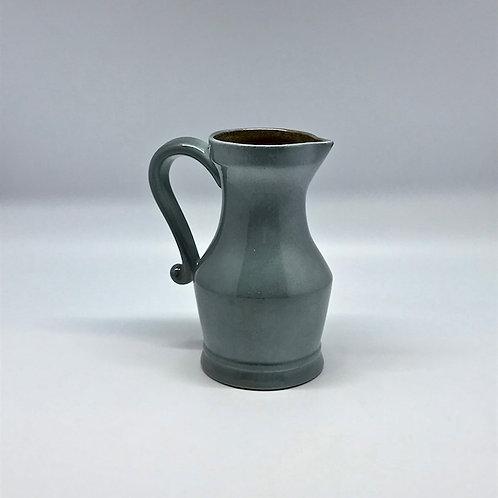 Pichet vintage en céramique émaillée gris