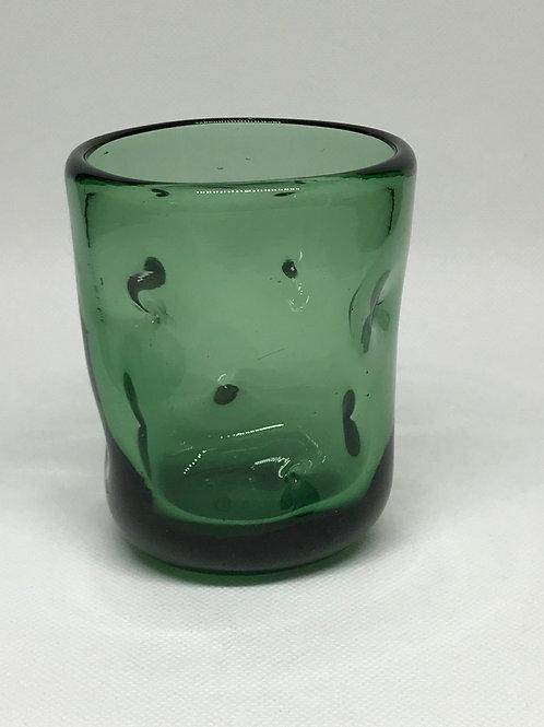 Vase gobelet en verre soufflé et pincé Empoli