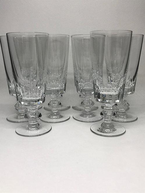 Flûtes à Champagne en cristal à décor taillé de facettes