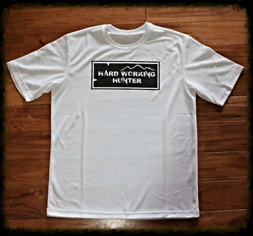 white cotton T-shirts