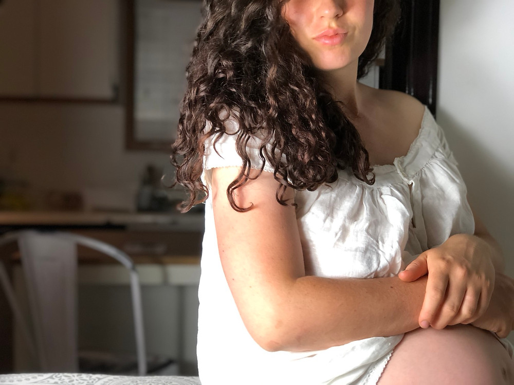 Pregnant maternity photo four babies corset sewing mama