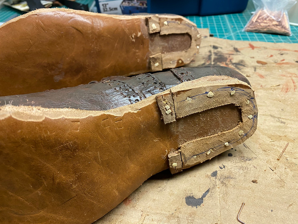 traditional shoemaking leather rand pegs