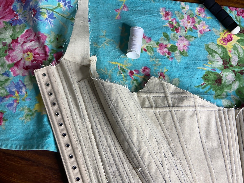 eyelet lacing stay 18th century stays corset boning channels canvas mock-up