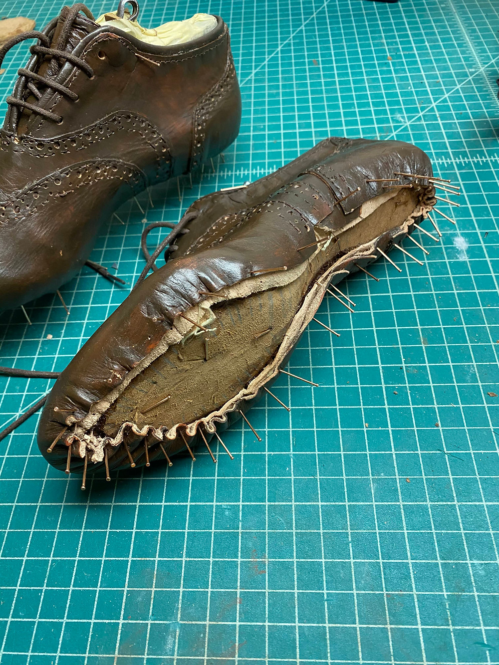 shoemaking lasting shoes uppers leather diy