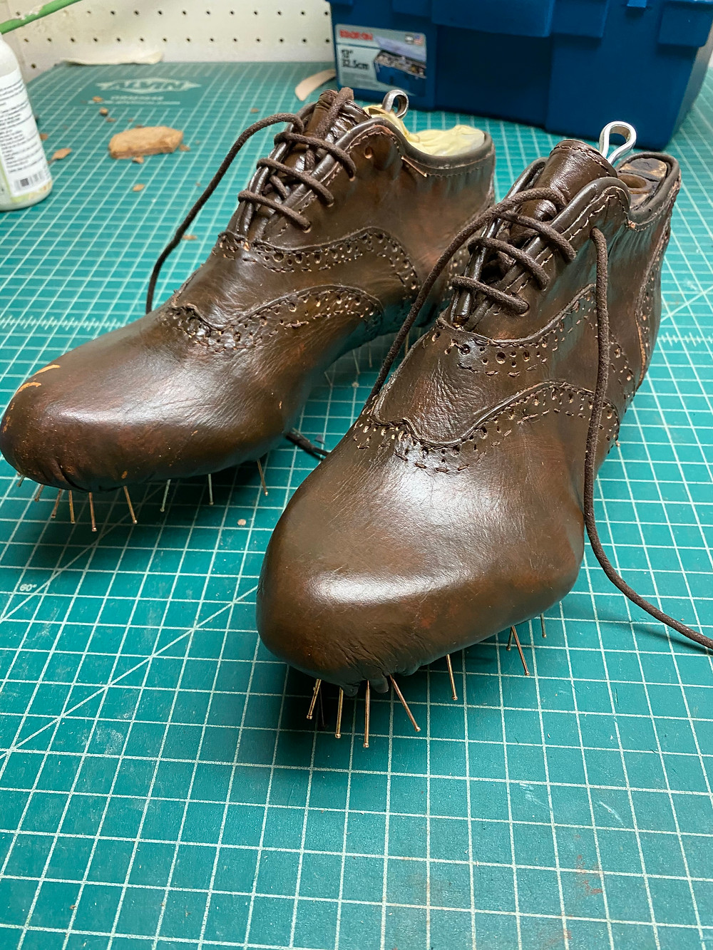 how to make shoes shoemaking lasts uppers lasting
