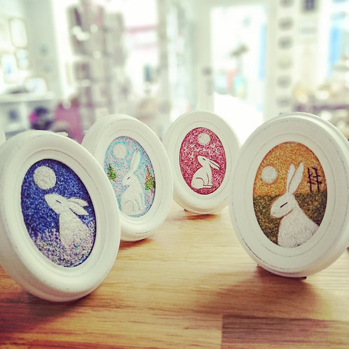 Imagine North small oval embroidered pictures