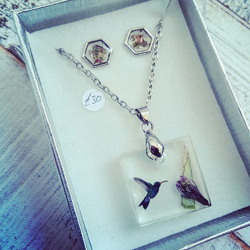 Hummingbird necklace and earring set