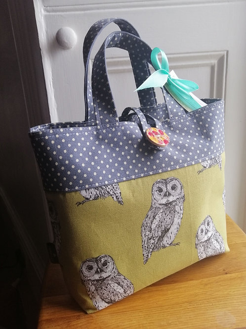 Cute owl print and grey polkadot tote bag