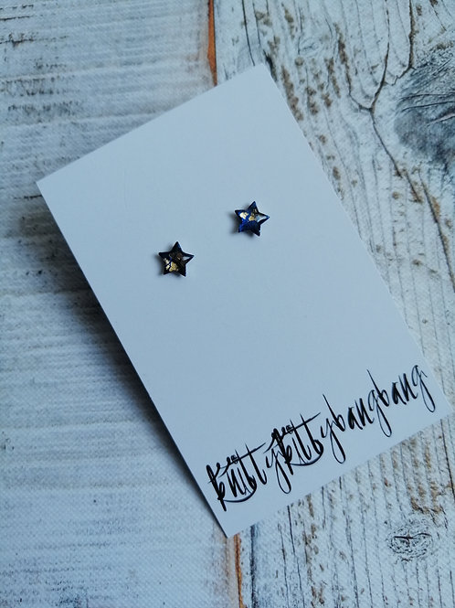Navy crackle star ear studs