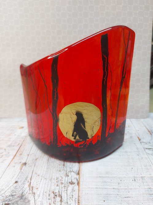 Hare and the moon - red curved glass