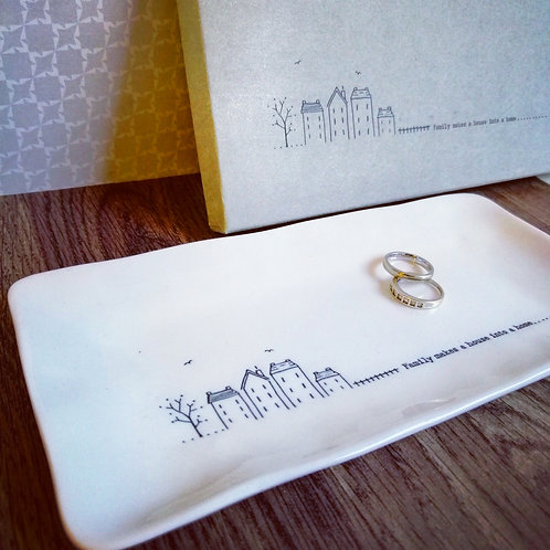Porcelain trinket dish - Family makes a house