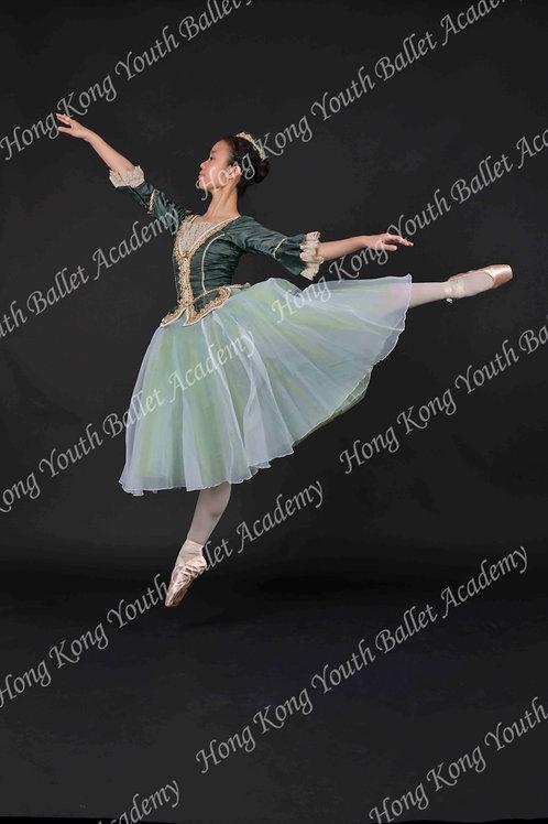 Lorna Lau (3)