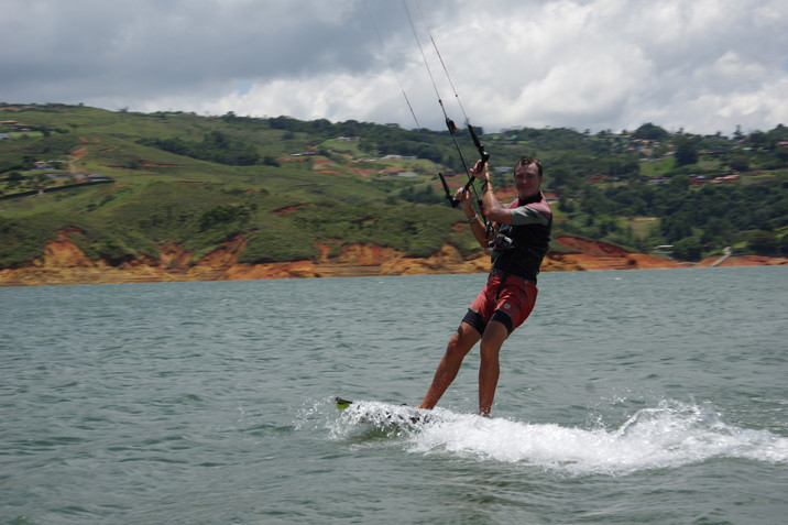 Colombia - Kiting in Calima