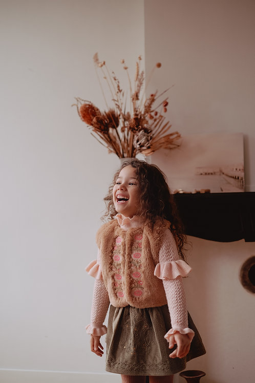 Louise Misha 毛絨絨繡背心 (奶茶) - Vest Bianca Nuts