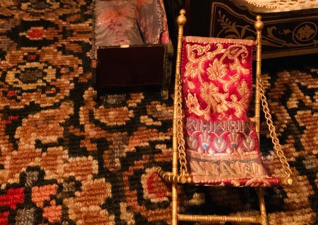 gorgeous tiny chair