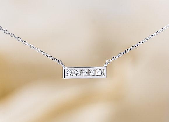 Aurea Necklace in White Gold