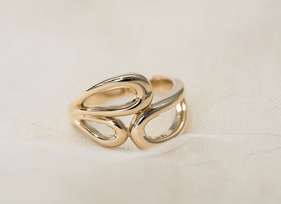 3 Oval Shapes Yellow Gold Ring