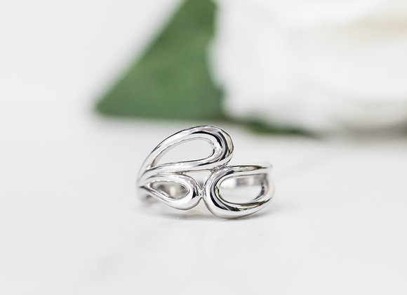 3 Oval Shapes White Gold Ring