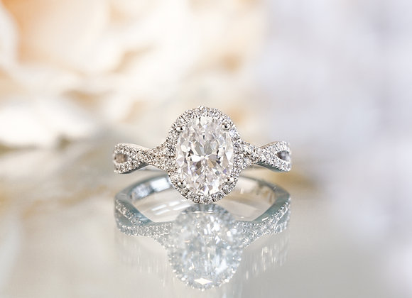 Larsa Engagement Ring